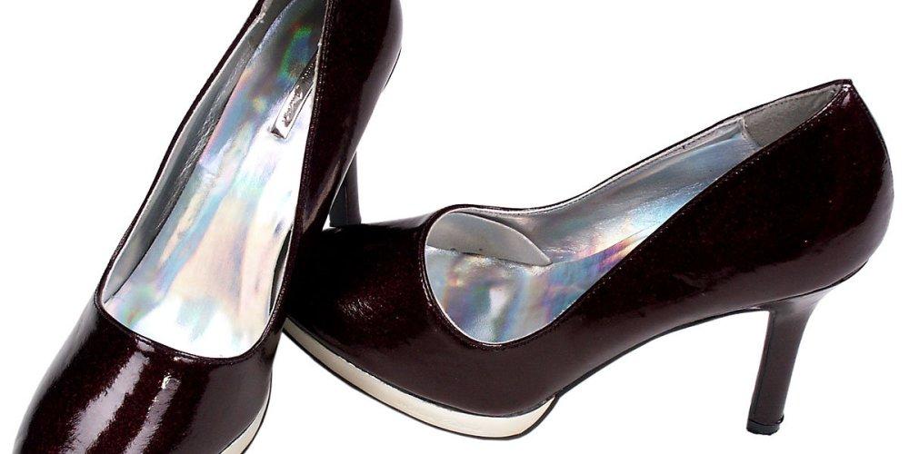 Способы растягивания новой обуви