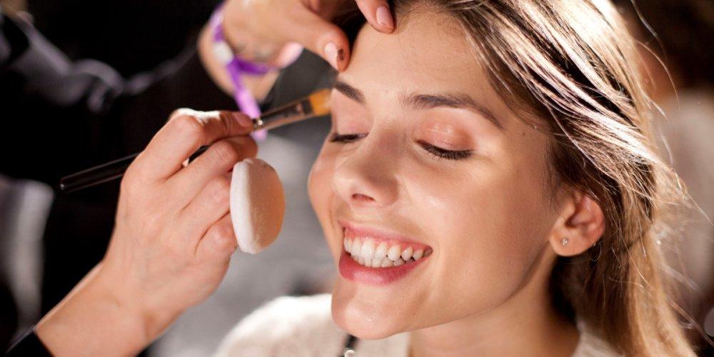 Естественность – главная составляющая модного макияжа