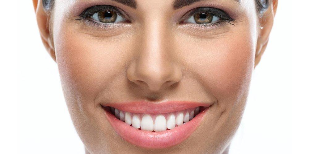 Сколько стоит зубной имплант