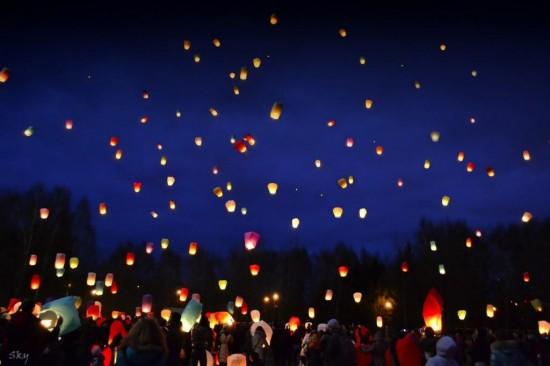 Китайские фонарики массовый запуск