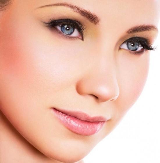 Секреты незаметного макияжа
