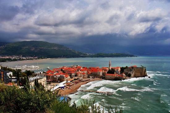 Иммиграция в Черногорию - это реально и доступно