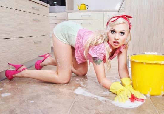 Домохозяйка тоже женщина3