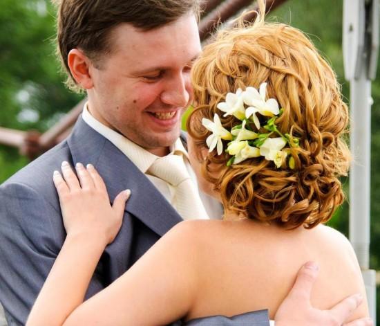 Роскошная прическа для свадебной церемонии4